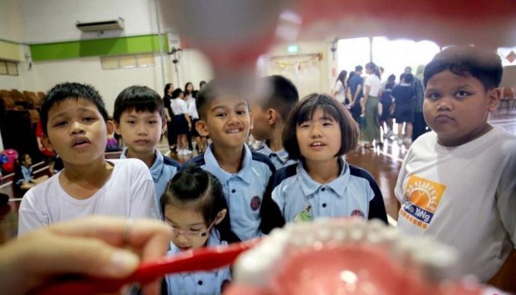 Nanyang Polytechnic Students Educate APSN Chaoyang School Students On Oral Hygiene