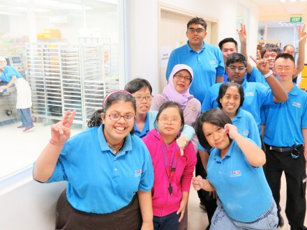 President Halimah Yacob's Inaugural Visit To APSN Centre For Adults