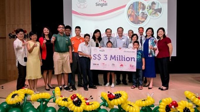SingTel Touching Lives Fund Cheque Presentation Ceremony 2016